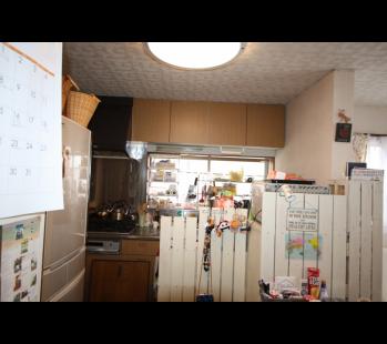 豊川市リフォーム前キッチン
