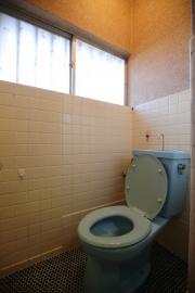 豊橋市リノベーション前トイレ