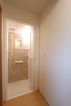 田原市シャワー室