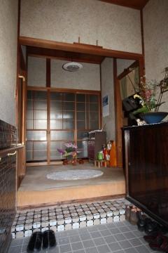 豊川市リノベーション前玄関
