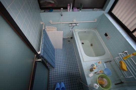 豊川市リノベーション前お風呂